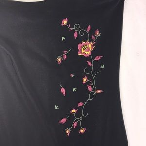 gogo girls Dresses - Black dress with a slit and flower decal
